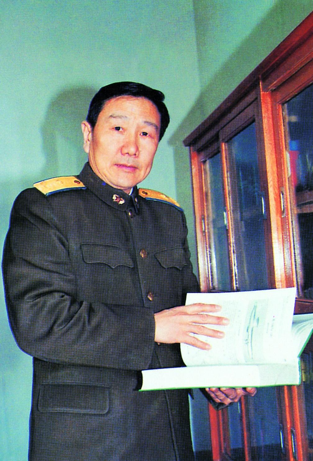 7王良旺(59届,原中国人民解放军空军副司令员,中将).jpg